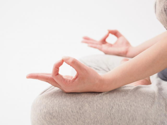 水曜夜の、ストレスマネジメント呼吸&瞑想クラスが好評です♪